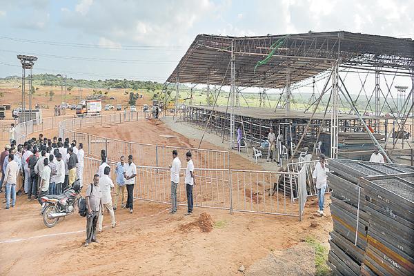 Grand Level Preparations for Pragathi Nivedhana Sabha - Sakshi
