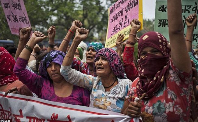Attcks On Women In India - Sakshi