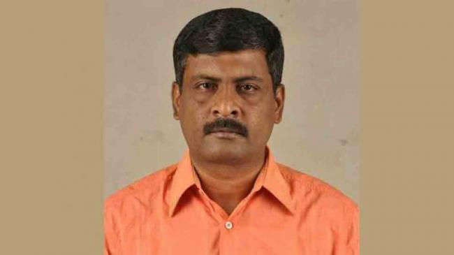 Tamil Director C Sivakumar Found Dead At His Residence In Mysterious Circumstances - Sakshi