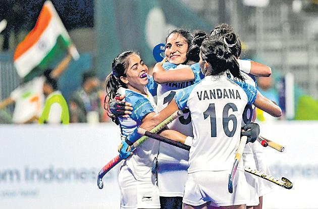 Indian womens hockey team reaches first Asian Games final - Sakshi