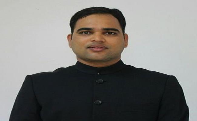 Karimnagar Municipal Corporation Commissioner Transfer - Sakshi