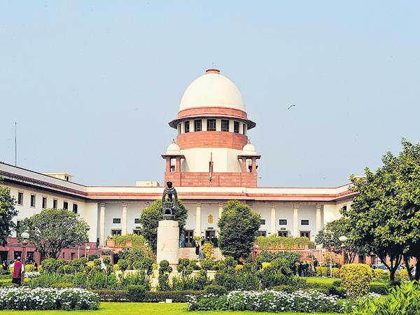 Supreme Court on division of Electricity employees - Sakshi