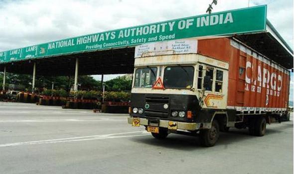 Madras high court warns NHAI over Toll plaza delays - Sakshi
