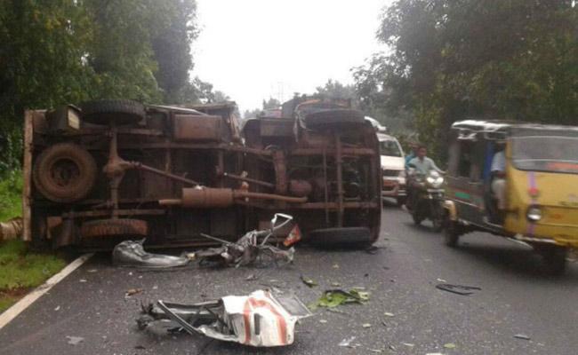 Nandamuri Harikrishna Died in Road Accident - Sakshi