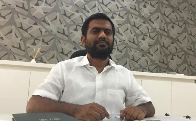YSRCP Leader KethiReddy Venkatrami Reddy Slams JC Brothers - Sakshi