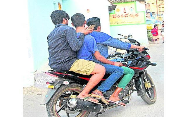 Rash Driving  In Jagthial - Sakshi
