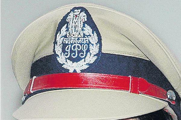 Four IPS transfers in the state - Sakshi