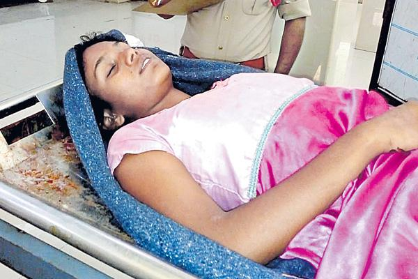 Student committed suicide - Sakshi