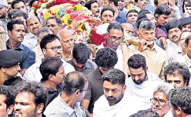 Cremation Of Nandamuri Harikrishna Completed - Sakshi