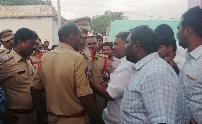 Police Arrest Kethireddy Pedda Reddy In Anantapur - Sakshi