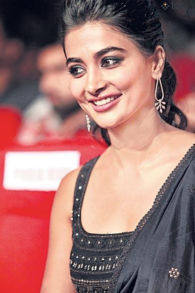 Pooja Hegde Own Dubbing for Aravinda Sametha - Sakshi