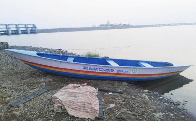 Sagar Right Canal Water Release Soon Prakasam - Sakshi