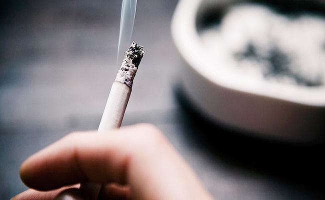 BBMP Clause On Smoking In Bars And Clubs Karnataka - Sakshi