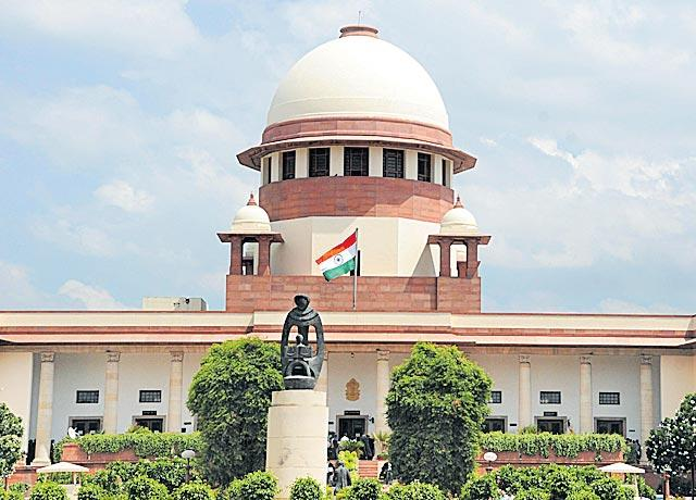 Centre makes a pitch for SC/ST quota in promotions - Sakshi