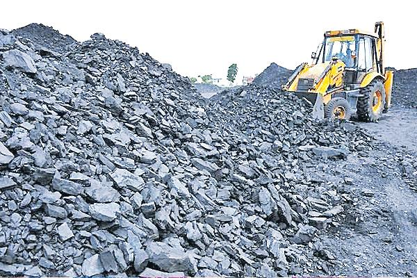 Coal quality is falling sharply in Krishnapatnam Thermal power station  - Sakshi