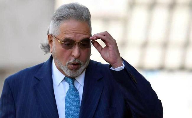 Vijay Mallya wanted to meet Virat Kohli and the Indian cricket team, govt didnt allow - Sakshi