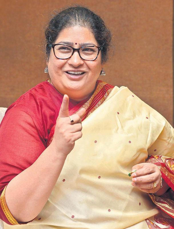 Special story to National Handloom Day from Shailaja Ramayyar - Sakshi