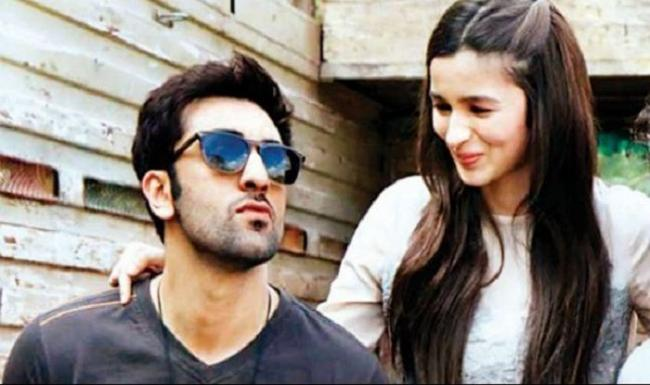 Alia Bhatt Asked Will She Quit Acting After Marriage - Sakshi
