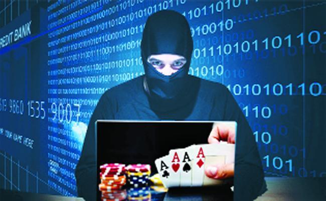 Cyber Criminals Use New Technology In Crimes Guntur - Sakshi