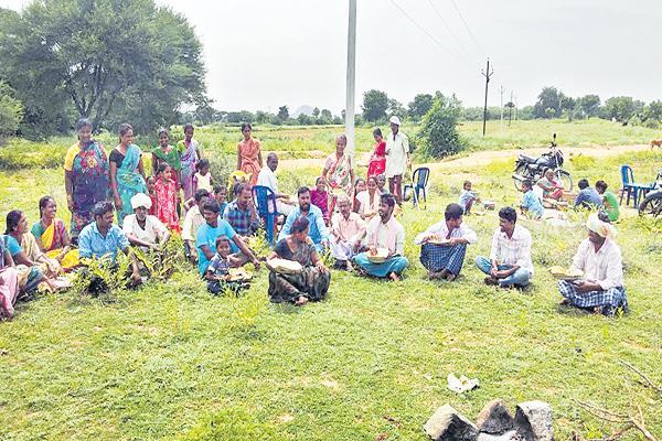 Fevers in suryapet district - Sakshi