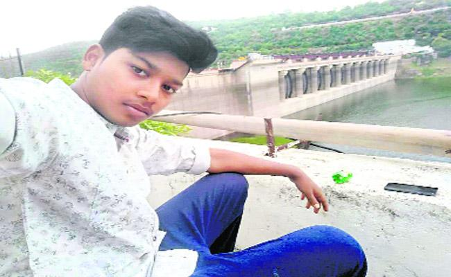 MBBS Student Died With Cancer Disease Kurnool - Sakshi