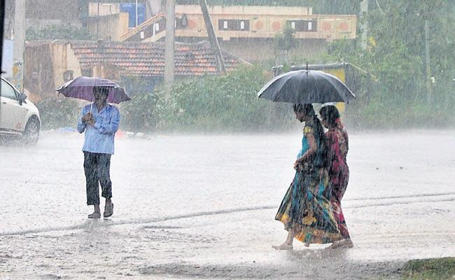 Heavy Rain Likely To Occur In Telangana In Next 3 Days - Sakshi