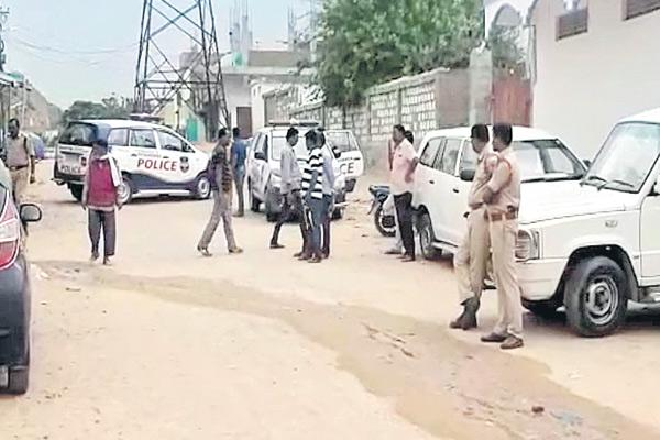 NIA conducts searches in 2016 ISIS case - Sakshi
