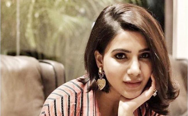 Samantha Two Movies Release As Same Day - Sakshi