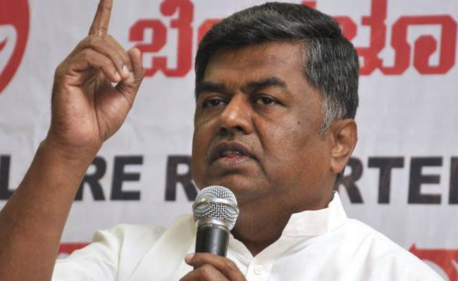 Oppositions Wants To Field BK Hariprasad For RS Deputy Chair - Sakshi