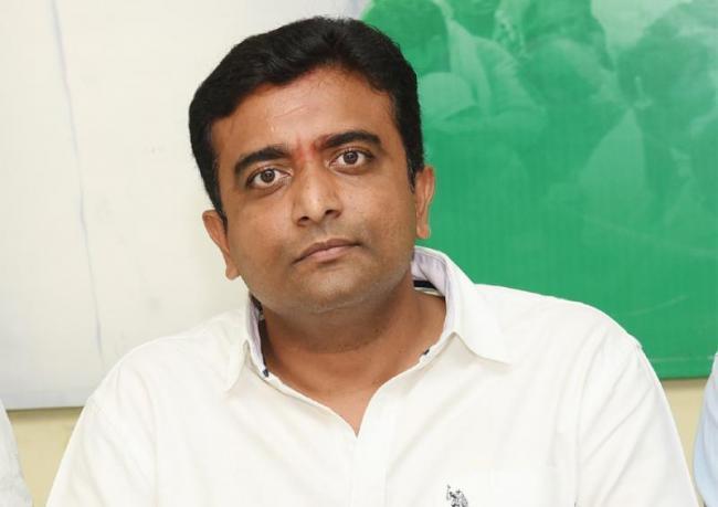 TDP Diverting Mining Investigation Alleges Kasu Mahesh - Sakshi