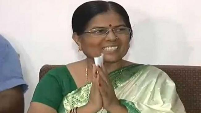 Bihar Minister Manju Verma Resigns Over Muzaffarpur Shelter Home Scandal - Sakshi