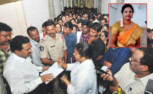 Doctor Shilpa Suicide Case Professor Ravikumar Suspend - Sakshi