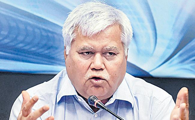 TRAI Chairman RS Sharma Reacts On Aadhaar Challenge - Sakshi