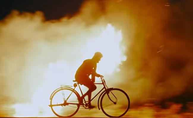 Bhairava Geetha Official Trailer - Sakshi