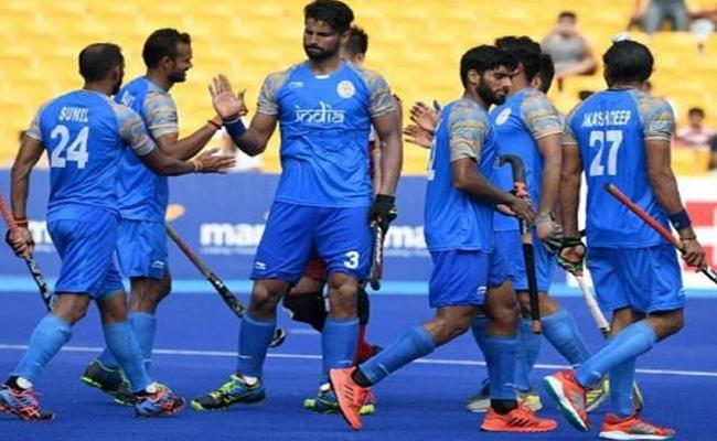 Indian Men Hockey Team Beats Pakistan 2-1 And Takes Bronze  - Sakshi