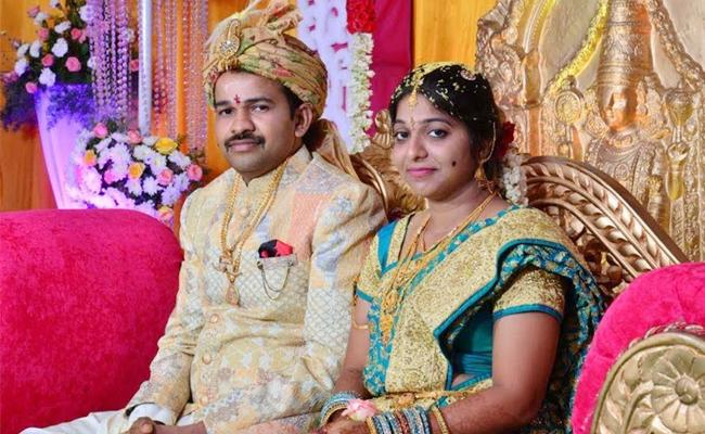 Aruna Devi Suicide Case Investigation Speedup East Godavari - Sakshi