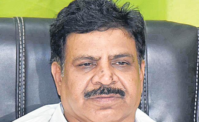 Cheruku Sudhakar Fires On TRS Government - Sakshi