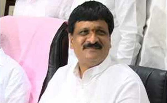 Mynampally Hanmantha Rao Slams Congress And TRS In Hyderabad - Sakshi