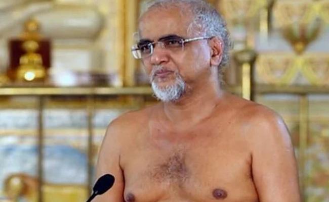 Jain Monk Tarun Sagar Passes Away In Delhi - Sakshi