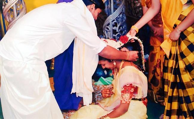 Chandranna kanuka Scheme Delayed In West Godavari - Sakshi