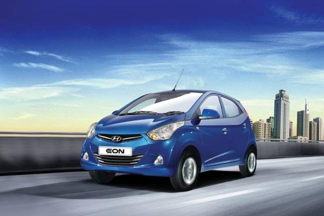 Hyundai Eon Gets Massive Discounts Of Up Rs 60,000 - Sakshi