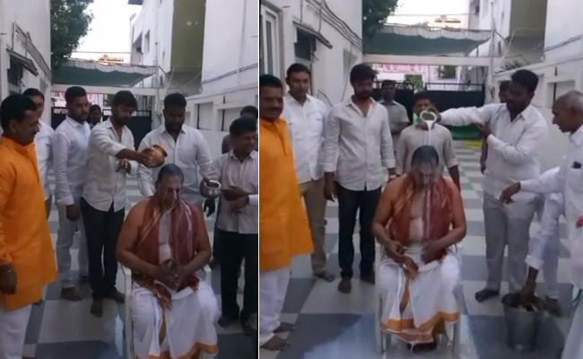 TRS MP Malla Reddy Gets Pala Abhishekam - Sakshi