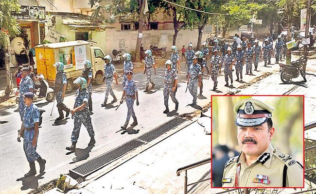 Police Protection For Vinayaka Chavithi Festival Hyderabad - Sakshi