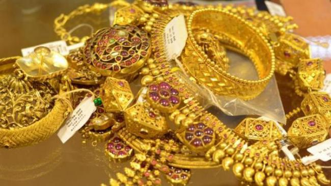 Gold Prices Gain After Two Days Of Losses - Sakshi