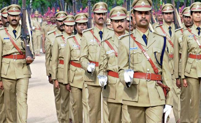 Inspectors Waiting For Postings As DSPs In Telangana - Sakshi