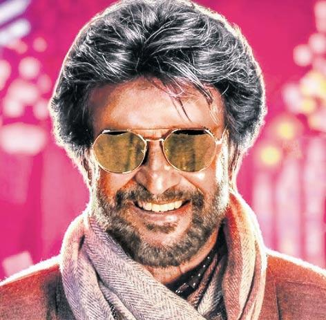 Rajinikanth's Petta stills leaked, security beefed on sets - Sakshi