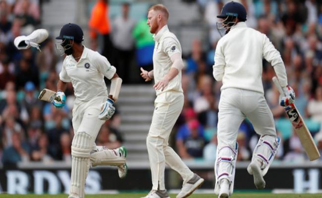 KL Rahul loses his shoe, Ben Stokes helps him put it back on - Sakshi