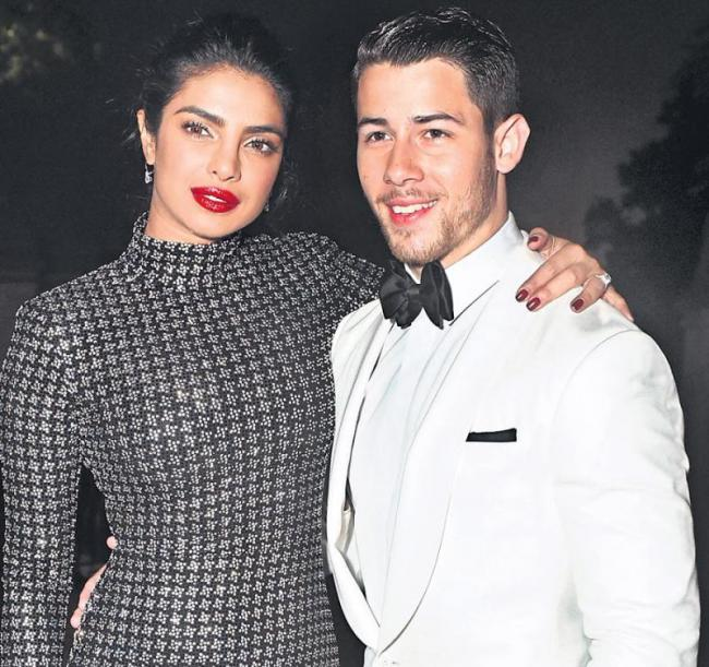 Nick Jonas reveals how he fell in love with Priyanka Chopra - Sakshi