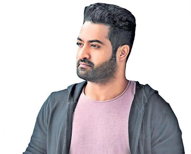 NTR Jr. returns to Aravinda Sametha sets - Sakshi