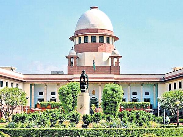 Supreme Court recommends transfer of Justice Suresh Keith - Sakshi